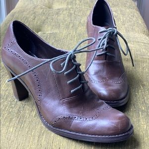 Brown leather oxford heels